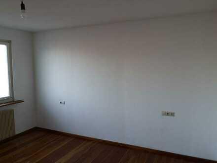 Gepflegte 2-Zimmer-Wohnung mit Balkon und Einbauküche in Tuttlingen (Kreis)