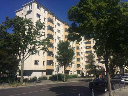 Provisionsfrei, vermietete 1-Zi,-Wohnung mit Balkon