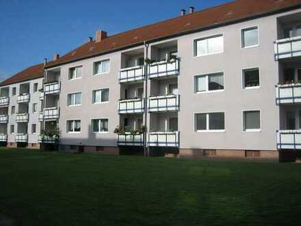 Sofort frei 2-Zi.-Wohnung mit Balkon (ID 8031)
