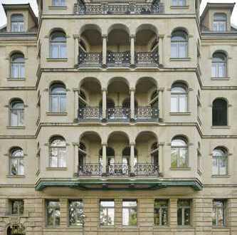 Hochwertige 5-Zimmer-Wohnung mit 2 Balkonen in saniertem Gründerzeitbau