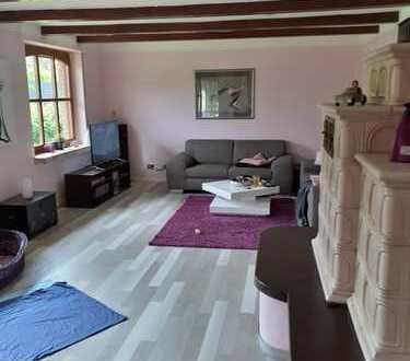 Gepflegte EG-Wohnung mit drei Zimmern sowie Terasse und EBK in Ostercappeln/Venne