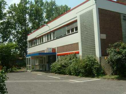 545 qm Lagerfläche inkl. 110 qm Büro in Krefeld-Inrath