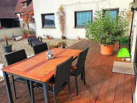 Kopf & Herz auf einer Wellenlänge - Tolle 4-Zimmer-Wohnung mit XXL Dachterrasse!!