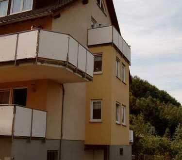 Sehr ruhig gelegene 4-Zimmer-Wohnung in Schwarzenberg mit Balkon und TG