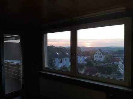3,5 Zimmer Wohnung mit S/W Balkon in Bochum Linden