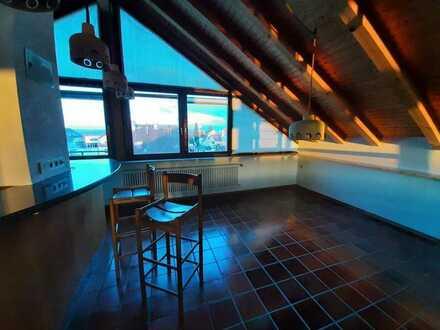 Renoviertes WG Zimmer in 180qm Wohnung