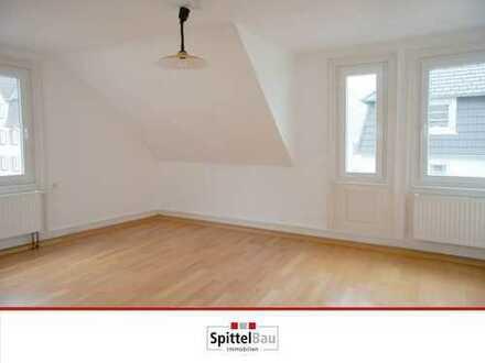 Helle 3 Zimmer Wohnung, in zentraler, aber ruhiger Lage von Schramberg zu vermieten!