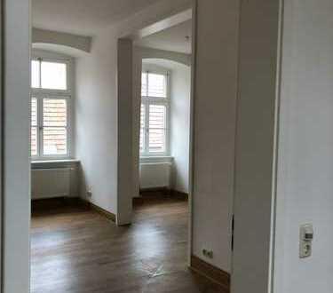 Geräumige 1-Zimmer-Wohnung mit gehobener Innenausstattung in Tann (Rhön)