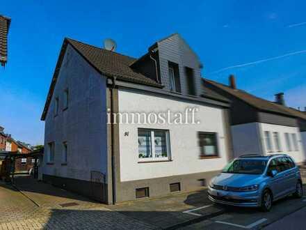 KLEINER FAMILIENTRAUM: Doppelhaushälfte in ruhiger Seitenstraße zu verkaufen!