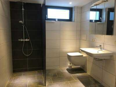 Neuwertige 2-Raum-Wohnung mit Einbauküche in Kaiserslautern