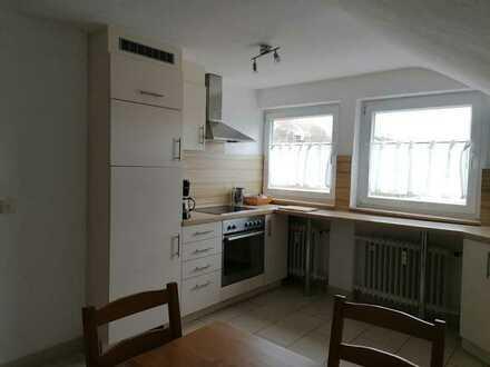 2-Zimmer-DG-Wohnung in 4-Familienhaus, 71134 Aidlingen