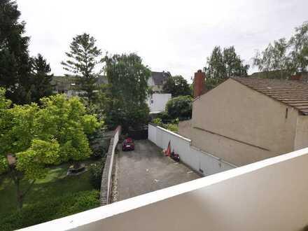Ruhige Wohnung in Mannheim-Neckarau