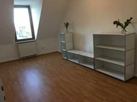 Ruhige 3- Zimmerwohnung im Herzen des Martinsviertels in Darmstadt