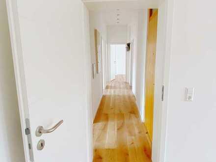 Helle Wohnung im Jugenstilhaus - Erstbezug nach Renovierung, ohne Provision!