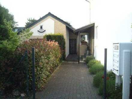 Kleines Haus mit eigenem Garten - 1 Zimmer 38 m2 Pulheim Zentrum ** Provisionsfrei ***