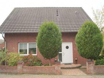 Emmerich: Sehr helles, freistehendes Haus mit gemütlichem Garten