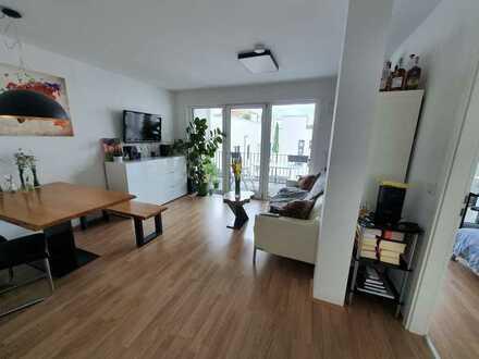 Schicke 2-Zimmer-Wohnung mit großer Südloggia im Marina Quartier