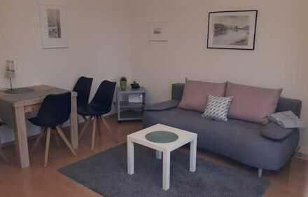 Sehr schöne und gemütliche euwertige 1-Zimmer-EG-Wohnung mit Balkon und Einbauküche in Fellbach