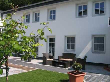 Neuwertige 4-Zimmer-Maisonette-Wohnung mit Terrasse in Binz 91m²