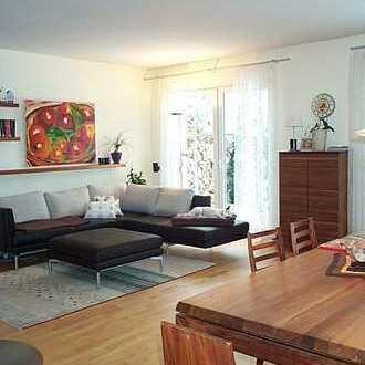 elvirA: Hohenbrunn, helle, gepflegte 4- Zimmer-Wohnung mit großem Westbalkon