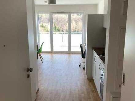 Neuwertiges möbliertes 1 Zimmer Apartment mit Balkon und Einbauküche in Pfarrkirchen