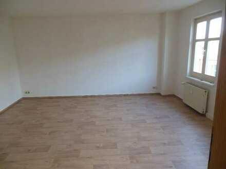 Schöne 2-Zimmerwohnung, Altbau im Stadtkern von Barth!