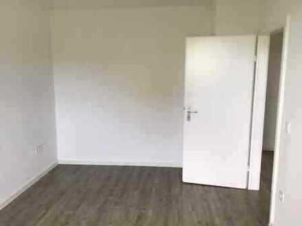 Stilvolle, modernisierte 3-Zimmer-Wohnung mit Balkon und EBK in Münster