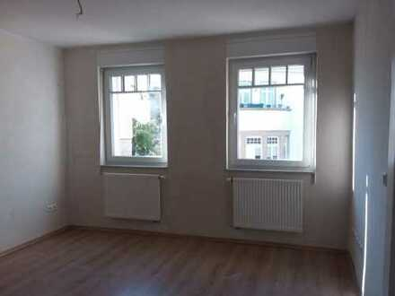 Erstbezug nach Sanierung: freundliche, helle 3-Zimmer-Wohnung in Pforzheim-Rodgebiet, Südweststadt