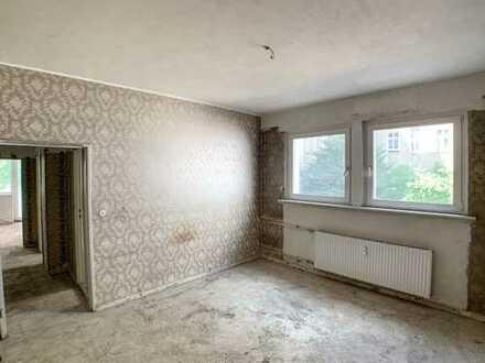 *NEU* bezugsfreie 2-Zimmer-Wohnung nähe K'udamm- Sanierungsbedürftig