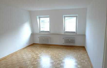 ** Nähe Viktualien Markt ** 2 Zi-Wohnung 55m² im 6.OG !