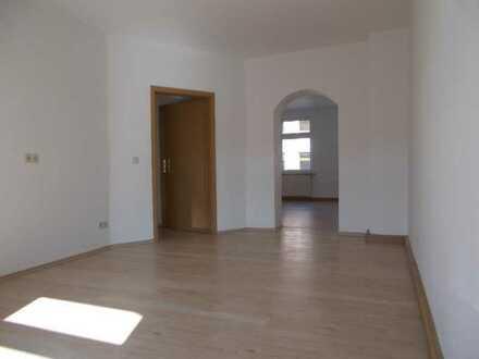 Falkenstein: Tolles Familienquartier im 1. Stock, ruhig und preisgünstig