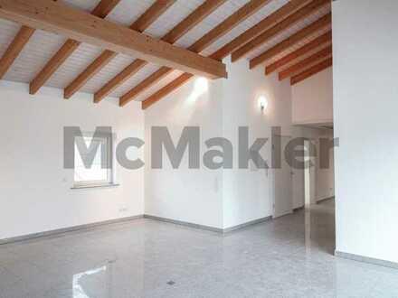 Zwischen Marmor und Holz: Moderne 4-Zi.-ETW mit Balkon in zentraler Lage von Heppenheim