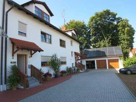 Erstbezug nach Sanierung. Attraktive 3 Zimmer Wohnung in Attenkirchen
