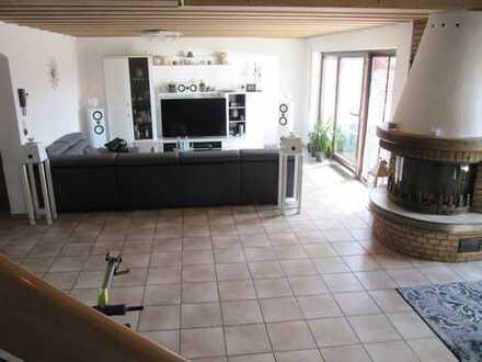 Schöne 4 Zimmer-Maisonette-Wohnung mit Balkon und Einbauküche in Bobenheim-Roxheim