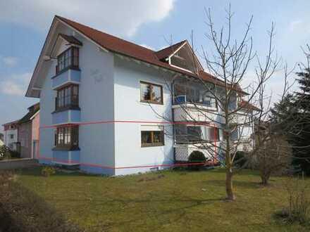 Helle 4-Zimmer Wohnung mit Balkon, Garage