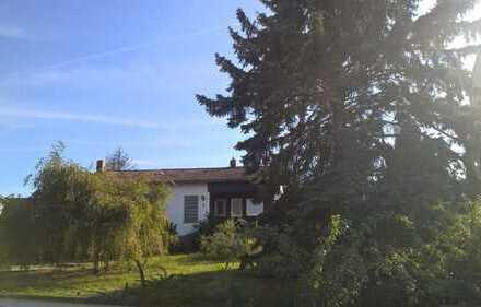 Bungalow in Burglengenfeld auf großzügigem Grundstück mit herrlichem Blick
