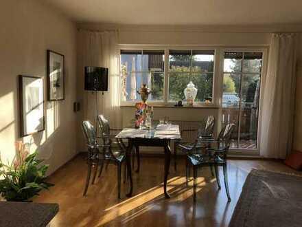 Möbliert! Flatrate! Sonnige grosszügige Wohnung mit Südbalkon in der Fasanerie