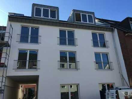 Erstbezug mit EBK und Balkon: attraktive 2-Zimmer-Wohnung in Poll, Köln
