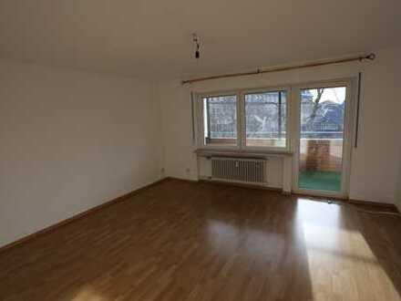 4-Zi. Wohnung mit Balkon in der Nähe der Stadtmitte