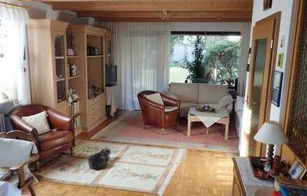 3-Familienhaus in Ottmarshausen, das auch als Mehrgenerationenhaus genützt werden kann.