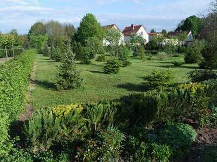 schönes Baugrundstück in grüner ,sonniger und ruhiger Lage