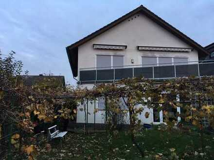 *Obertsh.-Hausen*:Im 2-Fam.-Haus:4-Zi-Whng.(kersan.),Gewerbl.Teilnutzung mgl.,2 Balk.+Gartenanteil