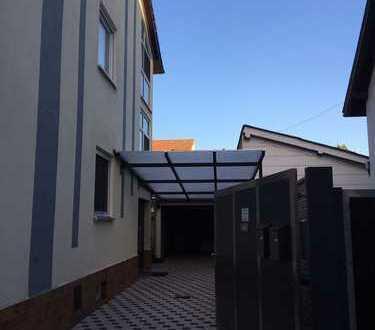 Komplett neu renovierte 2-Zimmer-Wohnung mit Balkon in Ludwigshafen am Rhein