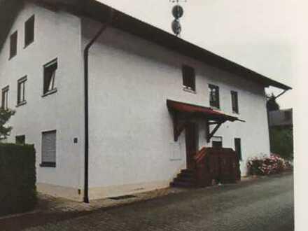 Gepflegte 2-Zimmer-Wohnung mit Balkon in Lechbruck am See