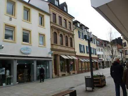 Gepflegte 2-Zimmer-Wohnung mit EBK in Landau Stadtmitte