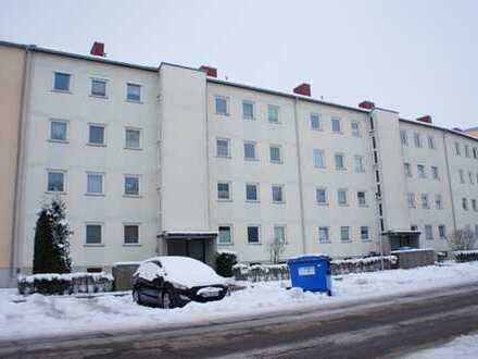 ... modernisierte 3-Zi-Wohnung im Hochparterre mit EBK, Südbalkon, Garage in ruhiger ...