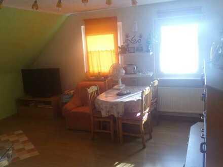 *Gut geschnitten! Einfache 4-Zi.-Wohnung in Rödental, 60m²*
