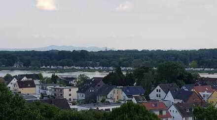 2-Zimmer-Terrassenwohnung mit Rheinblick in Köln-Westhoven