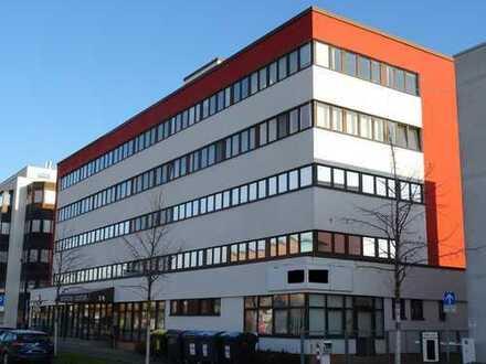 Büroetage mit 6 Büros und insges. 224 qm Nutzfläche in Halle/ Saale günstig zu vermieten