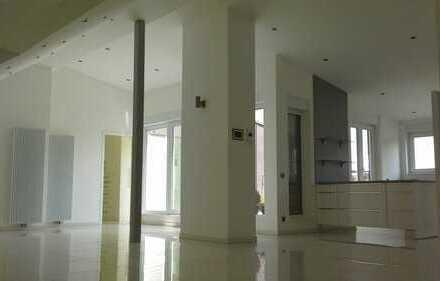 Luxus Penthouse- Wohnung City- nah